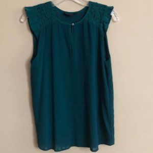 J. Crew Green Sleeveless Blouse - Size 4